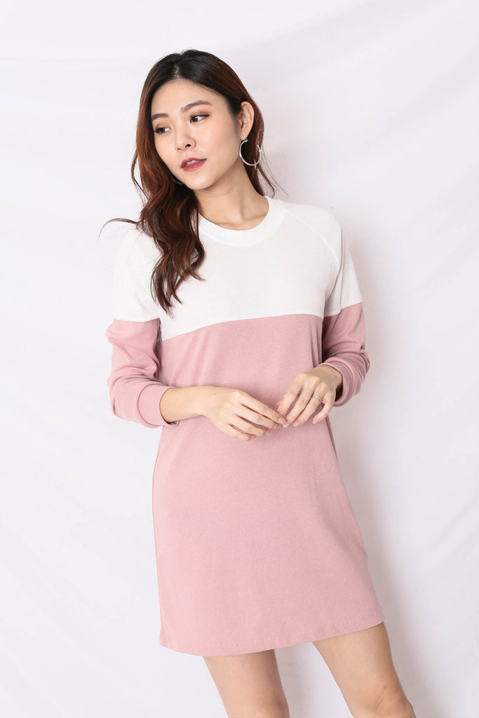 PASTEL COLOURBLOCK SWEATER DRESS (WHITE/ PINK)