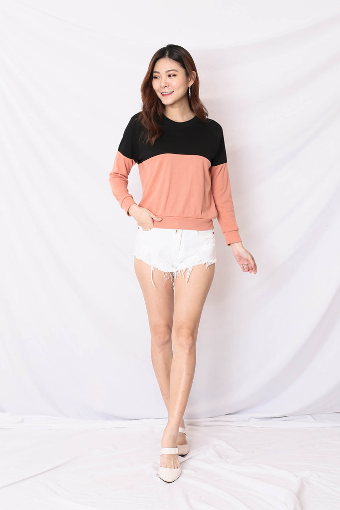 *BACKORDER* PASTEL PULLOVER (BLACK/ PEACH)