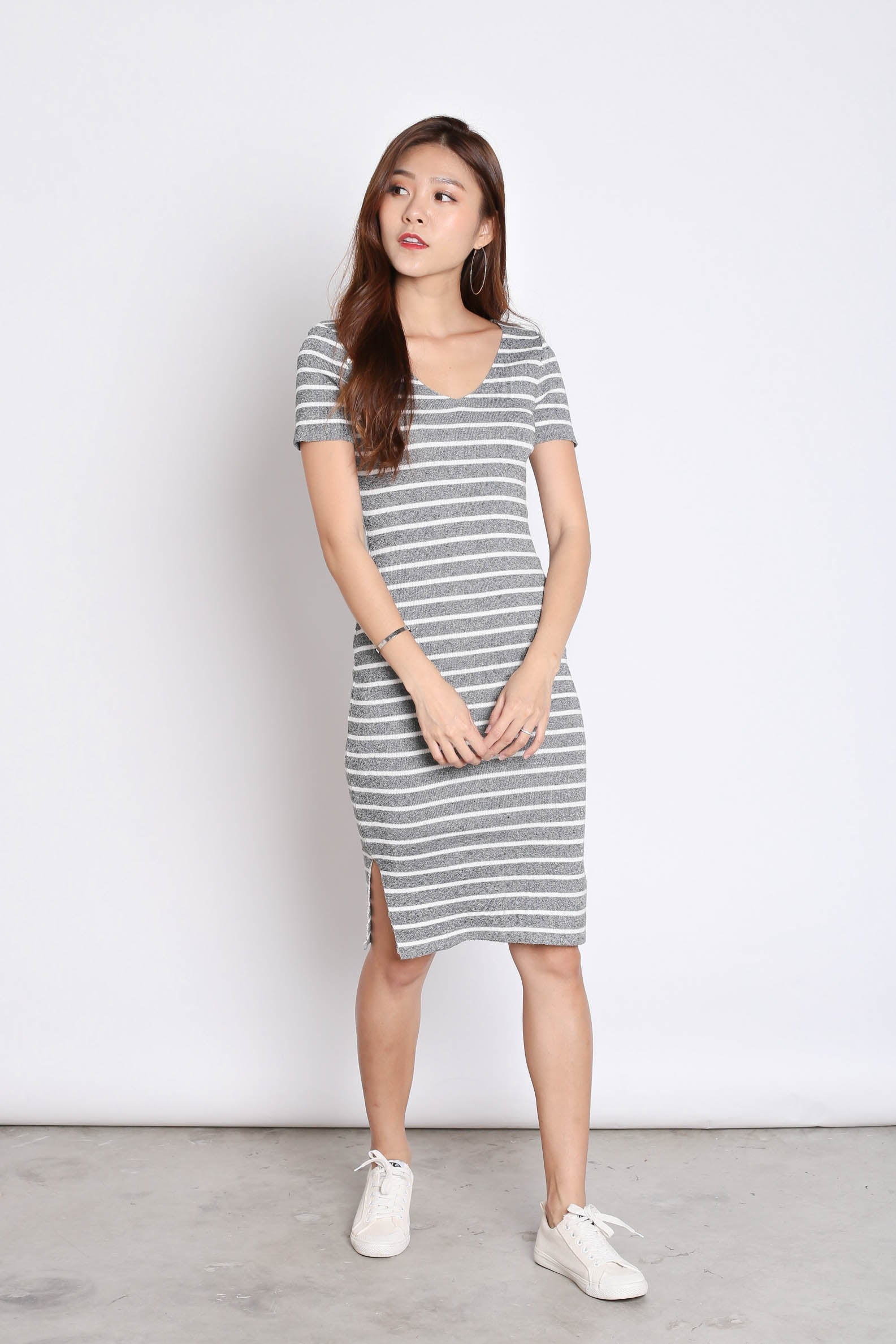 TABBY NAUTICAL KNIT DRESS IN ASH GREY