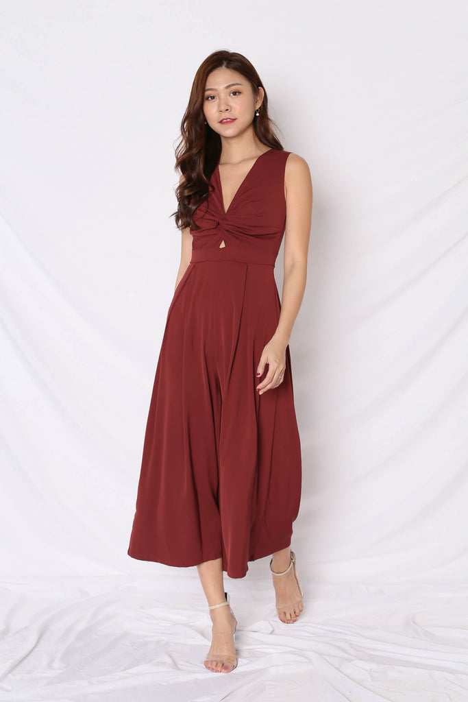 *TPZ* (PREMIUM) DREA JUMPSUIT IN WINE - TOPAZETTE