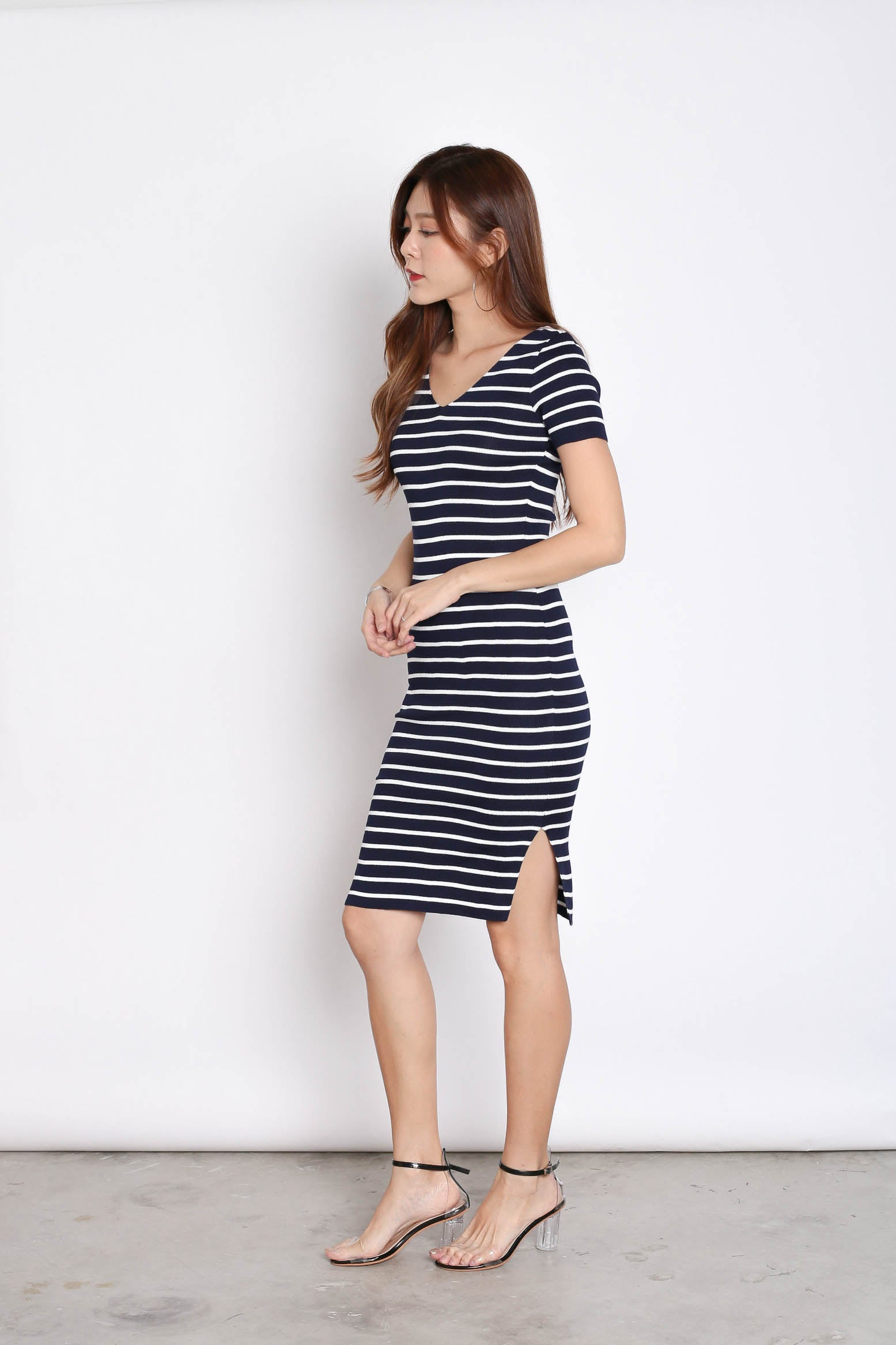 TABBY NAUTICAL KNIT DRESS IN NAVY