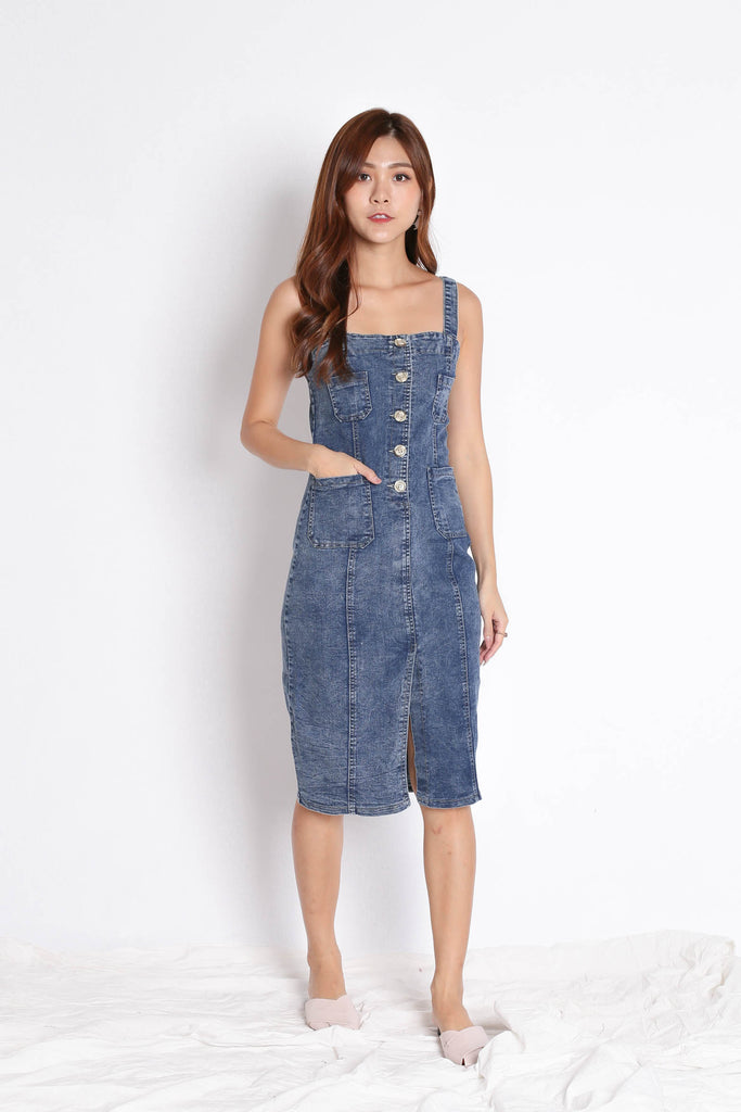 RYLEIGH DENIM MIDI DRESS (DARK DENIM) - TOPAZETTE