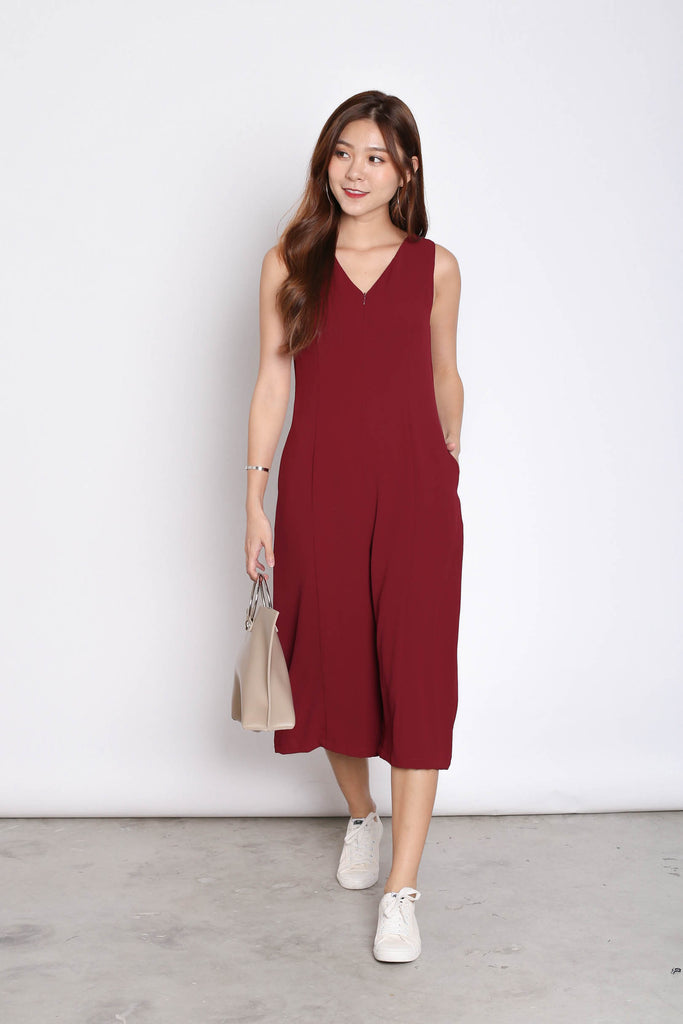 (PREMIUM) OVA JUMPSUIT IN BURGUNDY - TOPAZETTE