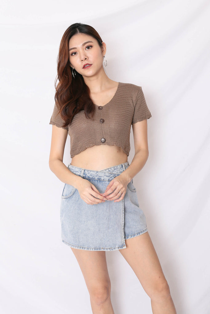 NOVA WOVEN KNIT TOP IN COFFEE