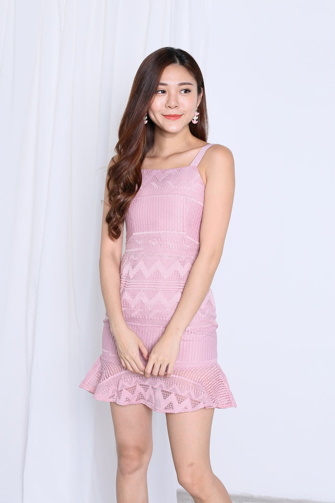 *TOPAZ* (PREMIUM) ZAYLEE MERMAID DRESS IN DUSTY PINK - TOPAZETTE