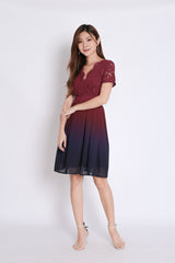 (PREMIUM) LACE OMBRE DRESS (BURGUNDY/ NAVY)