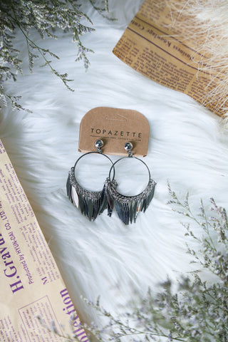 BETH SILVER DANGLING EARRINGS