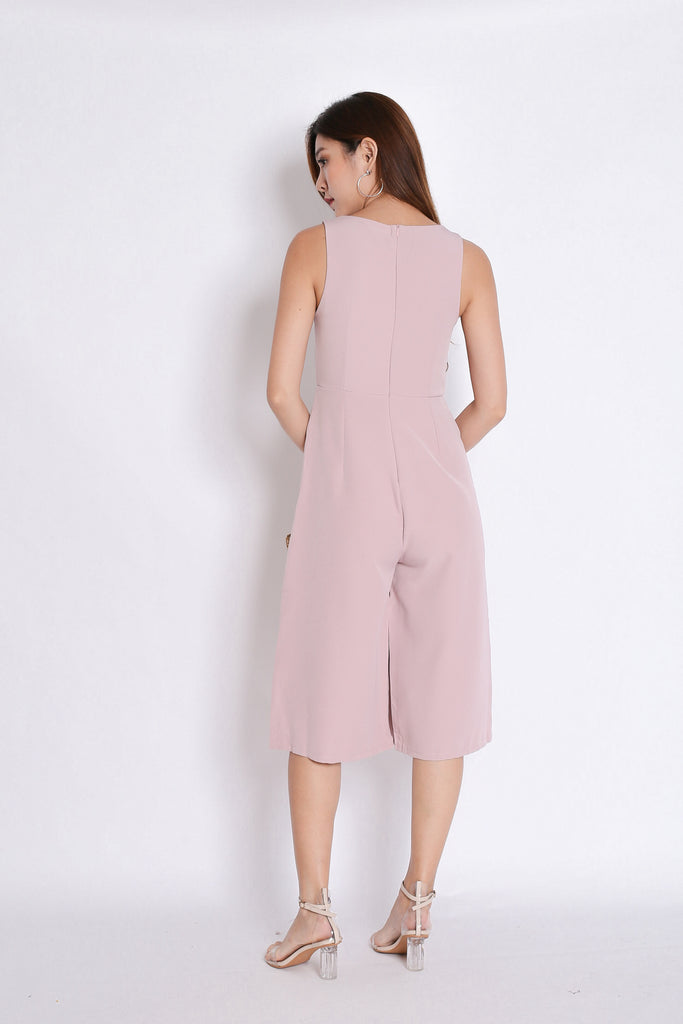 (PREMIUM) UDELE BUTTON CULOTTES JUMPSUIT IN DUSTY PINK - TOPAZETTE