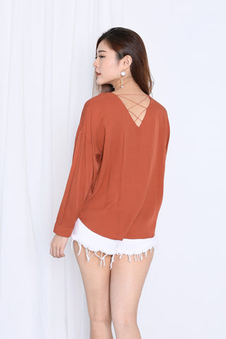 90bf62c2e31239 GLYNN LOOSE FIT TOP IN TERRACOTTA