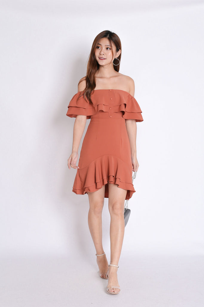 *TPZ* (PREMIUM) FAUSTINE OFF SHOULDER RUFFLES DRESS IN DUSTY CORAL - TOPAZETTE