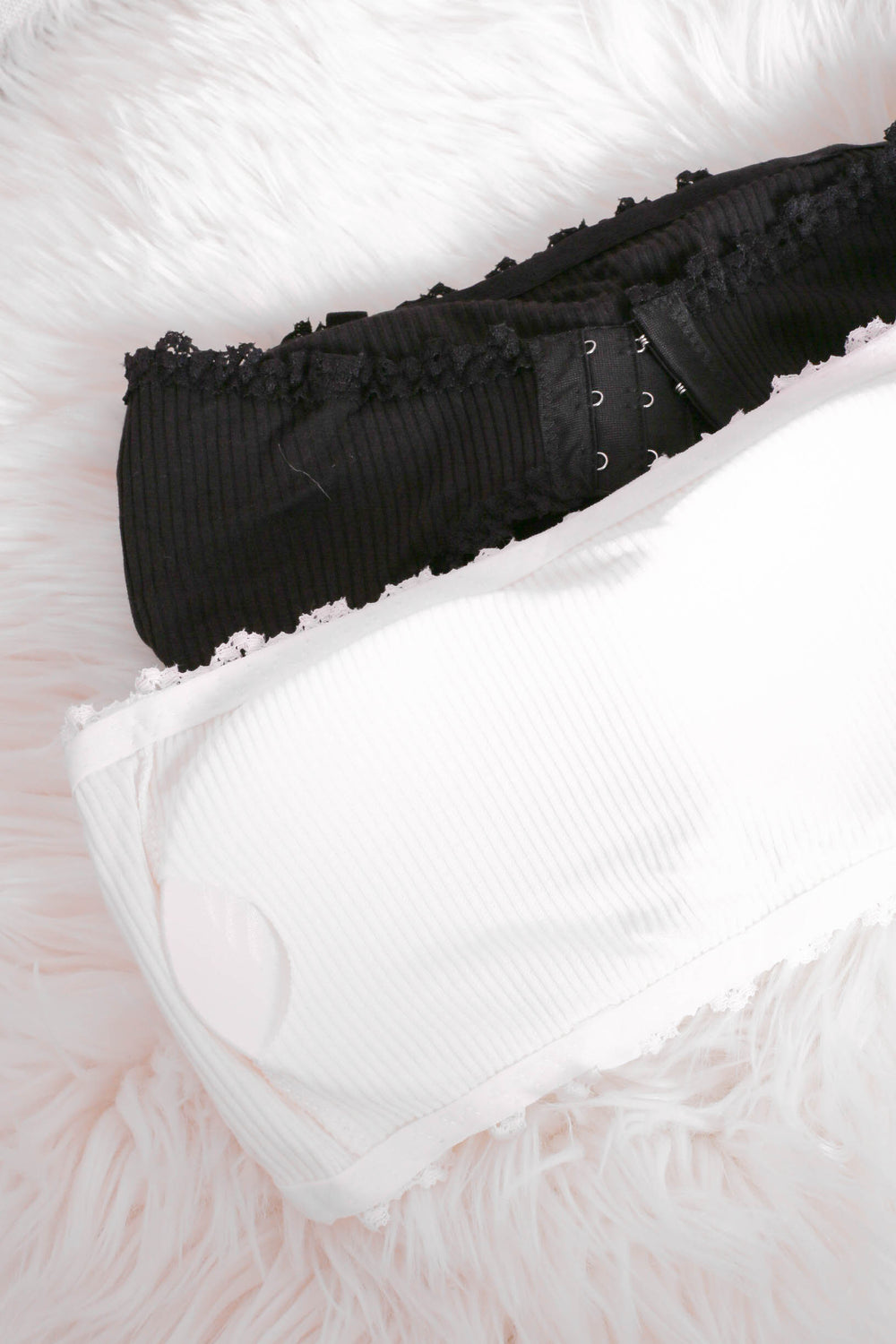 COTTON LACE TRIMMINGS TUBE BRA (BLACK/ WHITE)