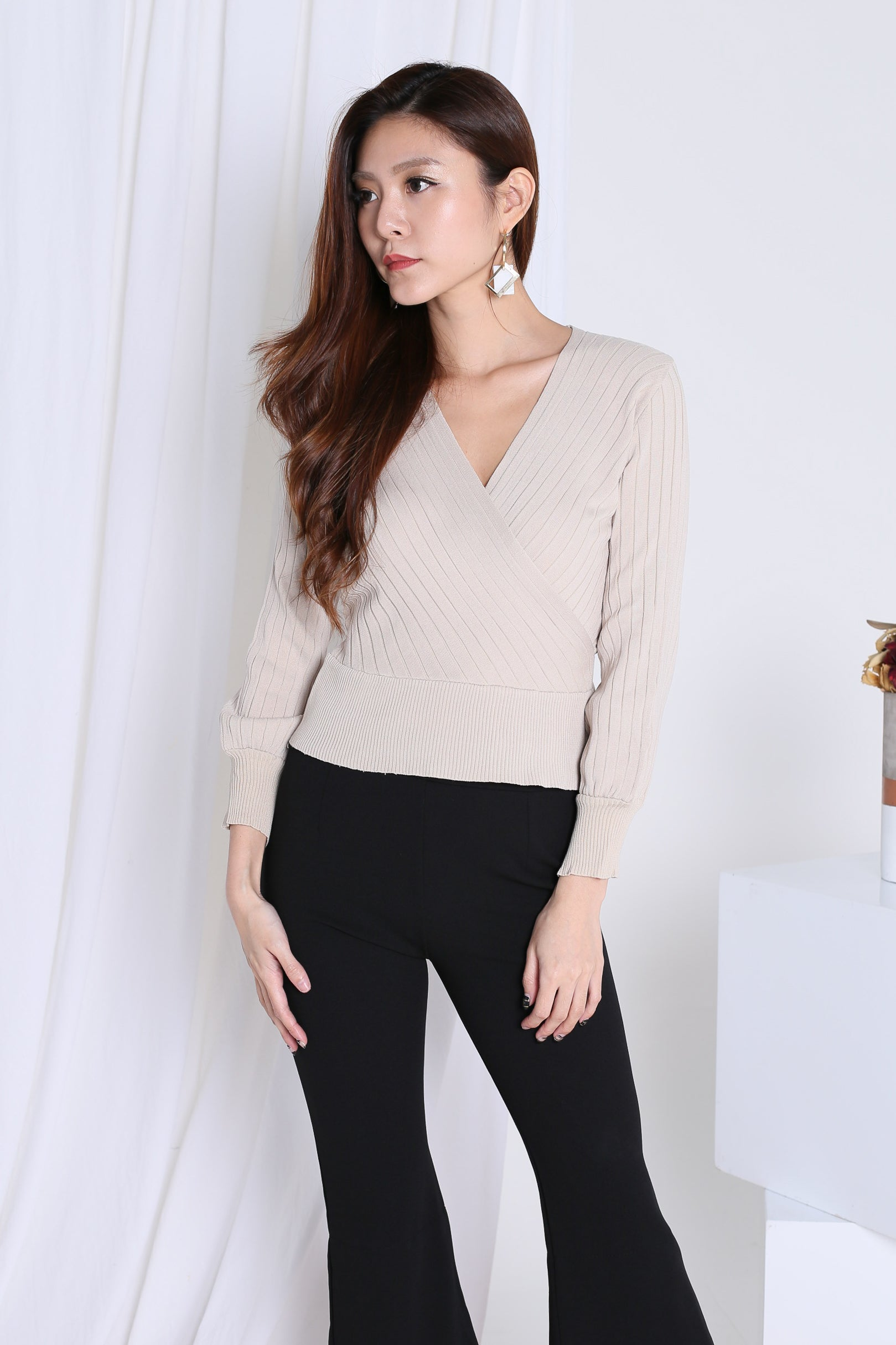 ABELA KNIT WRAP TOP IN SAND