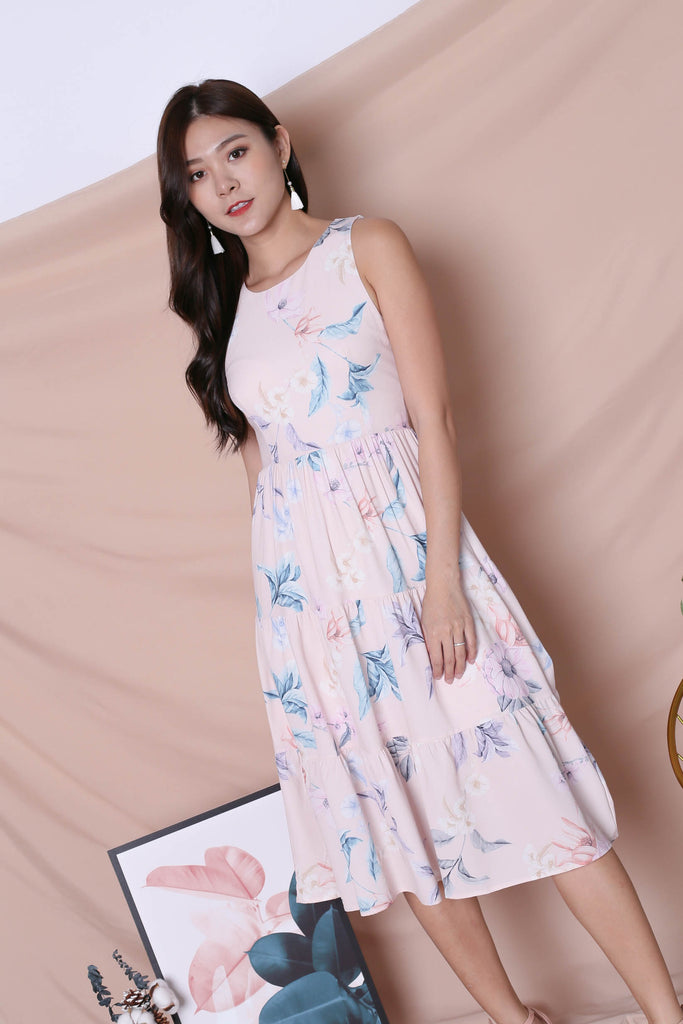*TPZ* (PREMIUM) ARIANA TIER DRESS IN BLUSH PINK FLORALS (VERSION 2)