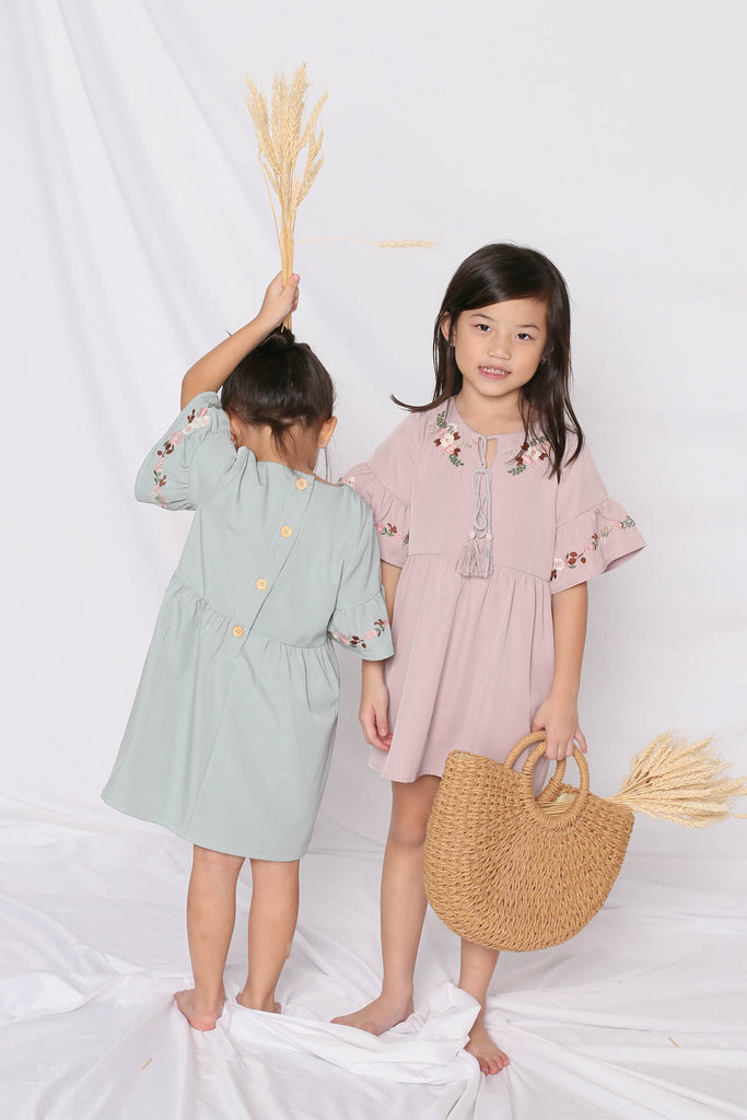 *LITTLE TOPAZETTE* GYPSY EMBROIDERY TASSEL DRESS IN DUSTY PINK - TOPAZETTE