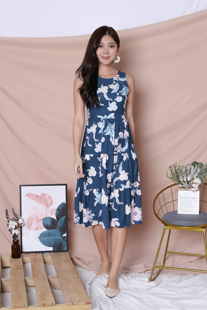 *TPZ* (PREMIUM) ARIANA TIER DRESS IN DARK TEAL FLORALS (VERSION 2) - TOPAZETTE