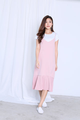 SEOUL DROP HEM PLEATED DRESS SET IN BABY PINK