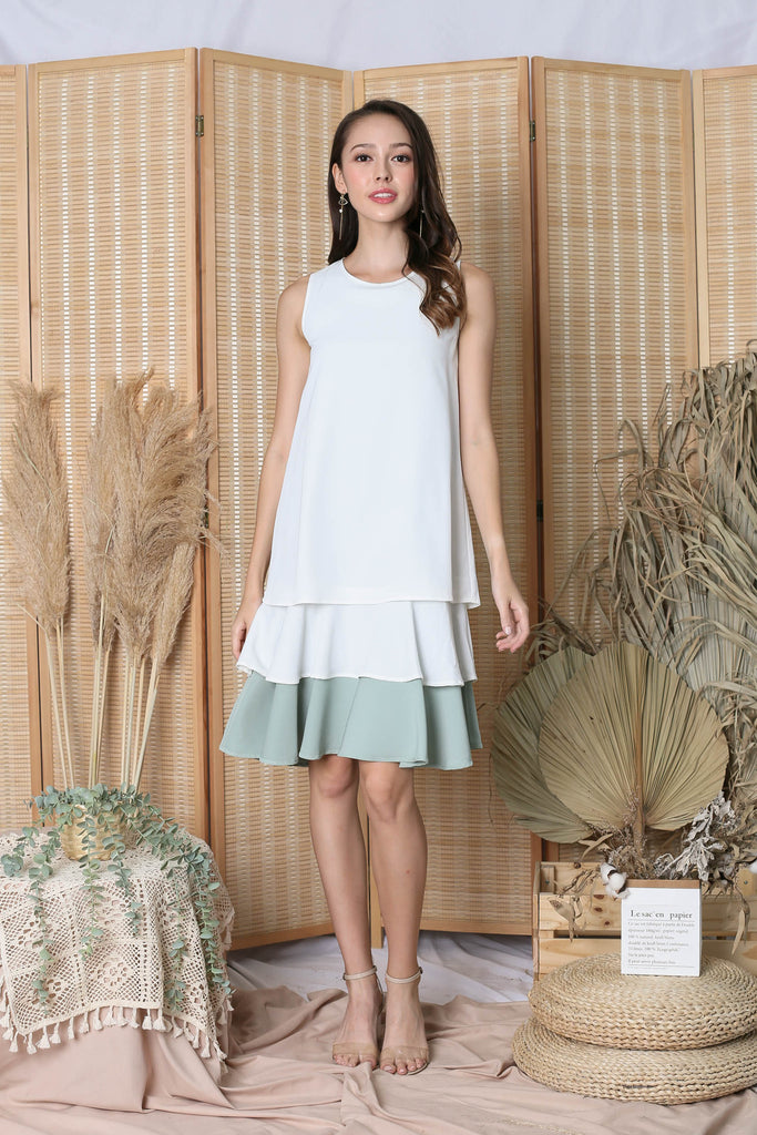 *TPZ* (PREMIUM) ORA REVERSIBLE DRESS (WHITE/ SAGE)