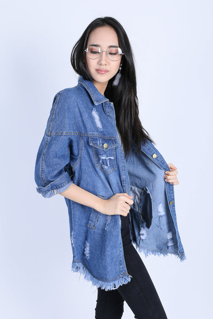 OVERSIZED FRAY BOYFRIEND JACKET (DARK DENIM) - TOPAZETTE