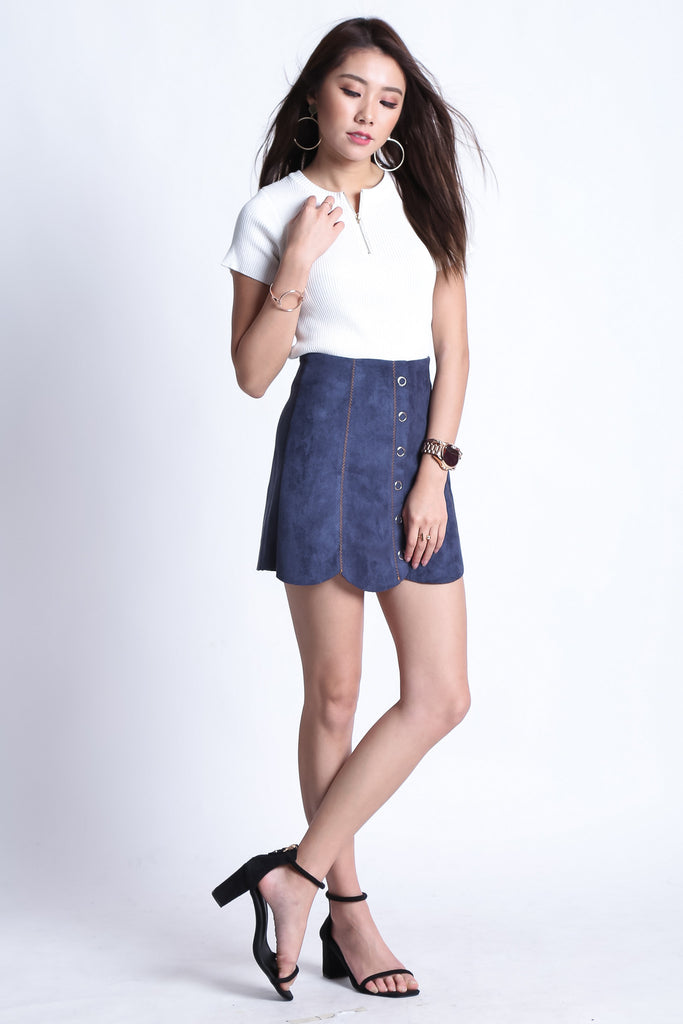SCALLOP SUEDE SKORTS IN BLUE