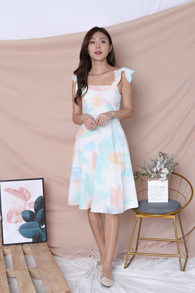 (PREMIUM) WATERCOLOUR RIBBON TIE SKATER DRESS IN GREEN