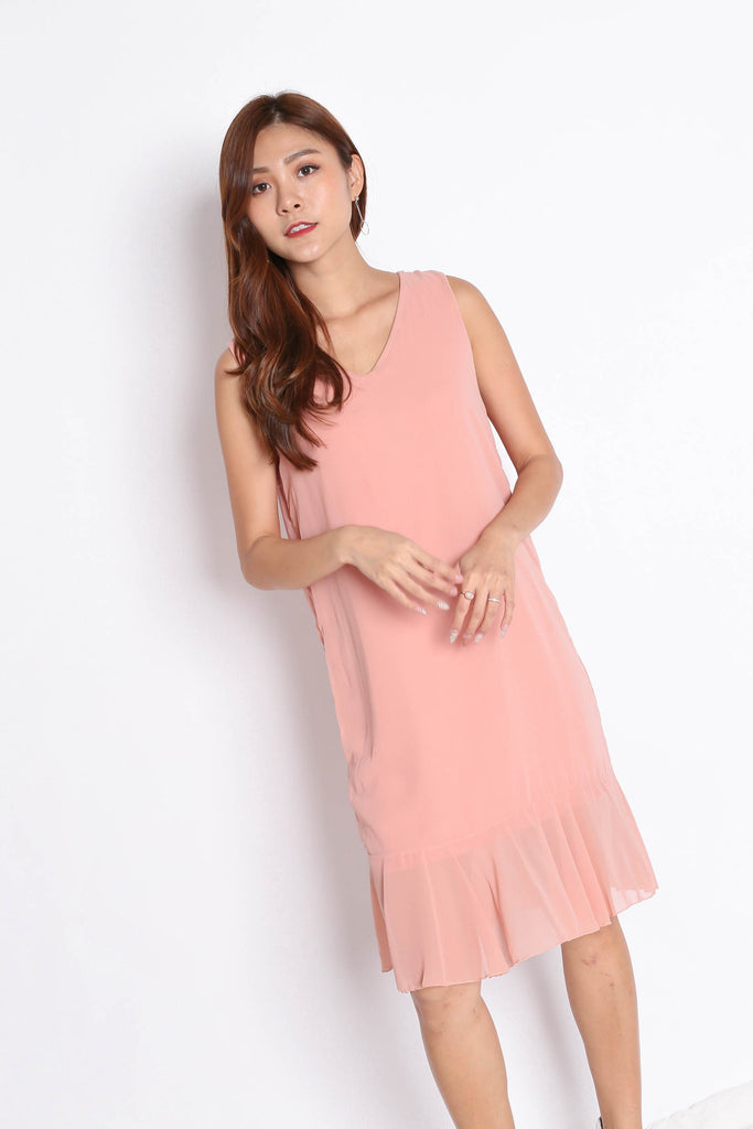 BASIC RUFFLES DROP HEM SHIFT DRESS IN DUSTY PINK - TOPAZETTE