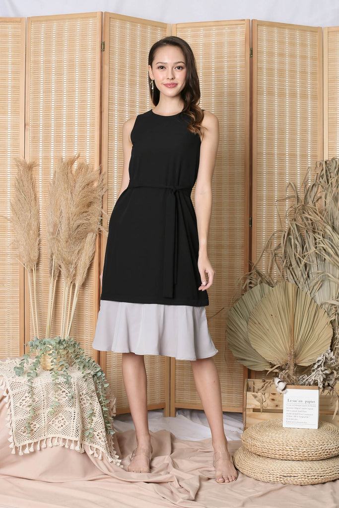 *TPZ* (PREMIUM) CORNELIA ZIPPER DRESS IN BLACK (WITH GREY/ PINK HEMS)