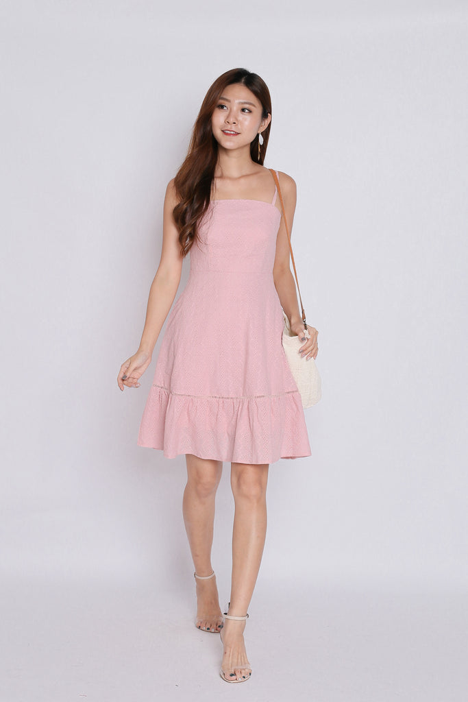 *TPZ* (PREMIUM) LIZABELLA EYELET DRESS IN BABY PINK - TOPAZETTE