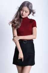 HIGHER GROUND RIBBED KNIT TOP IN WINE - TOPAZETTE