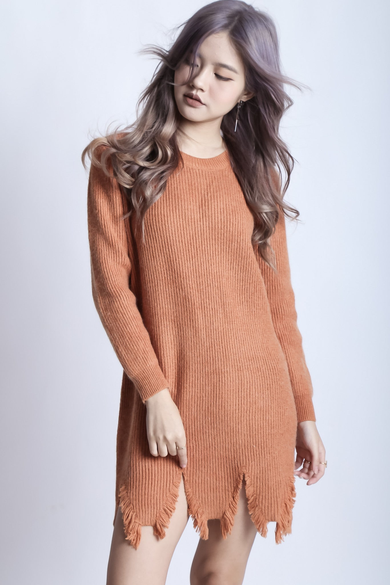 SHREDDED KNIT DRESS IN CAMEL
