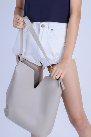 *BACKORDER* AI TOTE BAG IN LIGHT KHAKI