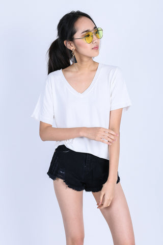 *BACKORDER* OFF DUTY SLOUCH TOP IN WHITE