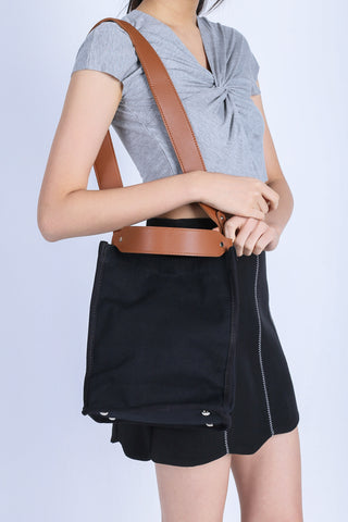 *BACKORDER* CANVAS BAG IN BLACK