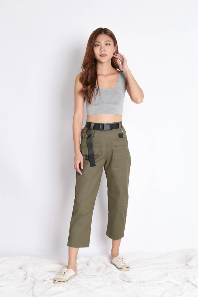 OFF DUTY STRAIGHT CUT CARGO PANTS IN ARMY GREEN - TOPAZETTE