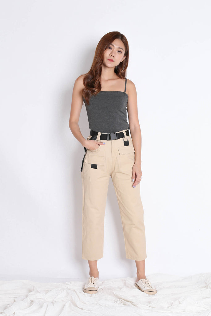 OFF DUTY STRAIGHT CUT CARGO PANTS IN SAND