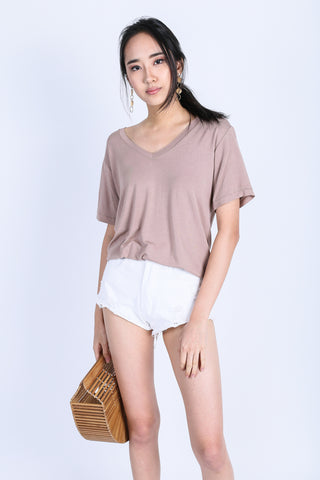 *RESTOCKED* OFF DUTY SLOUCH TOP IN TAUPE