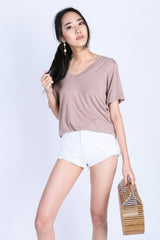 *BACKORDER* OFF DUTY SLOUCH TOP IN TAUPE
