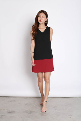 *TPZ* (PREMIUM) DREA REVERSIBLE DRESS (BLACK/ WINE)