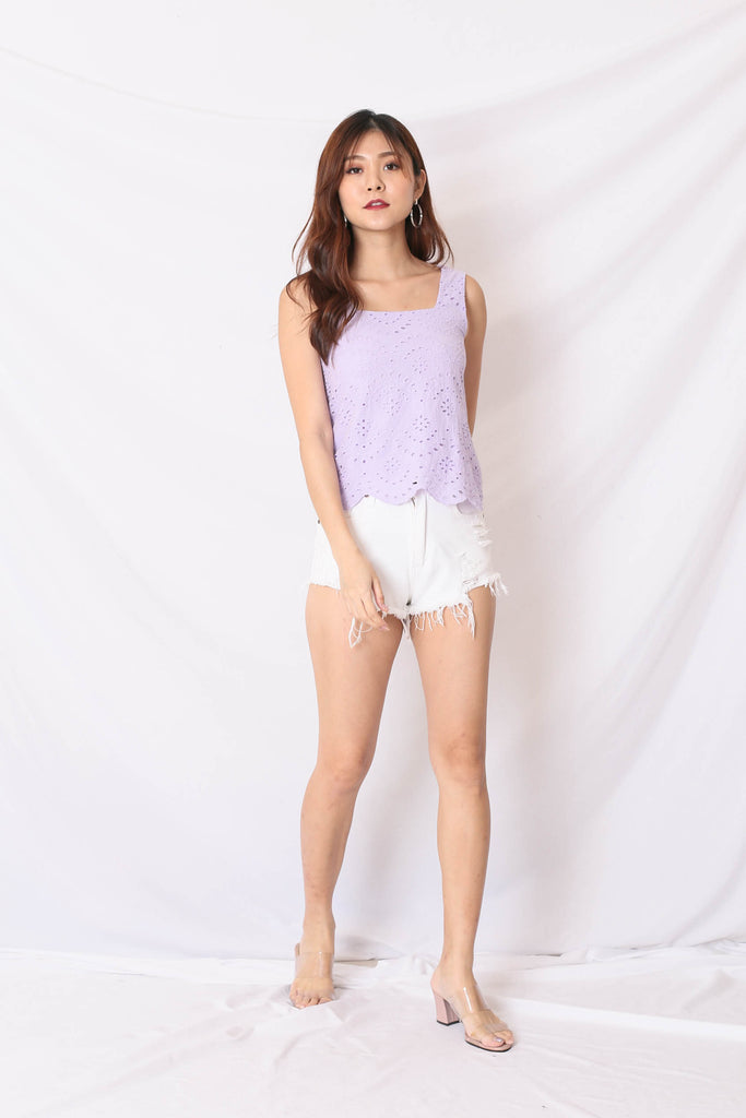 *TPZ* (PREMIUM) QUE EYELET TOP IN LILAC