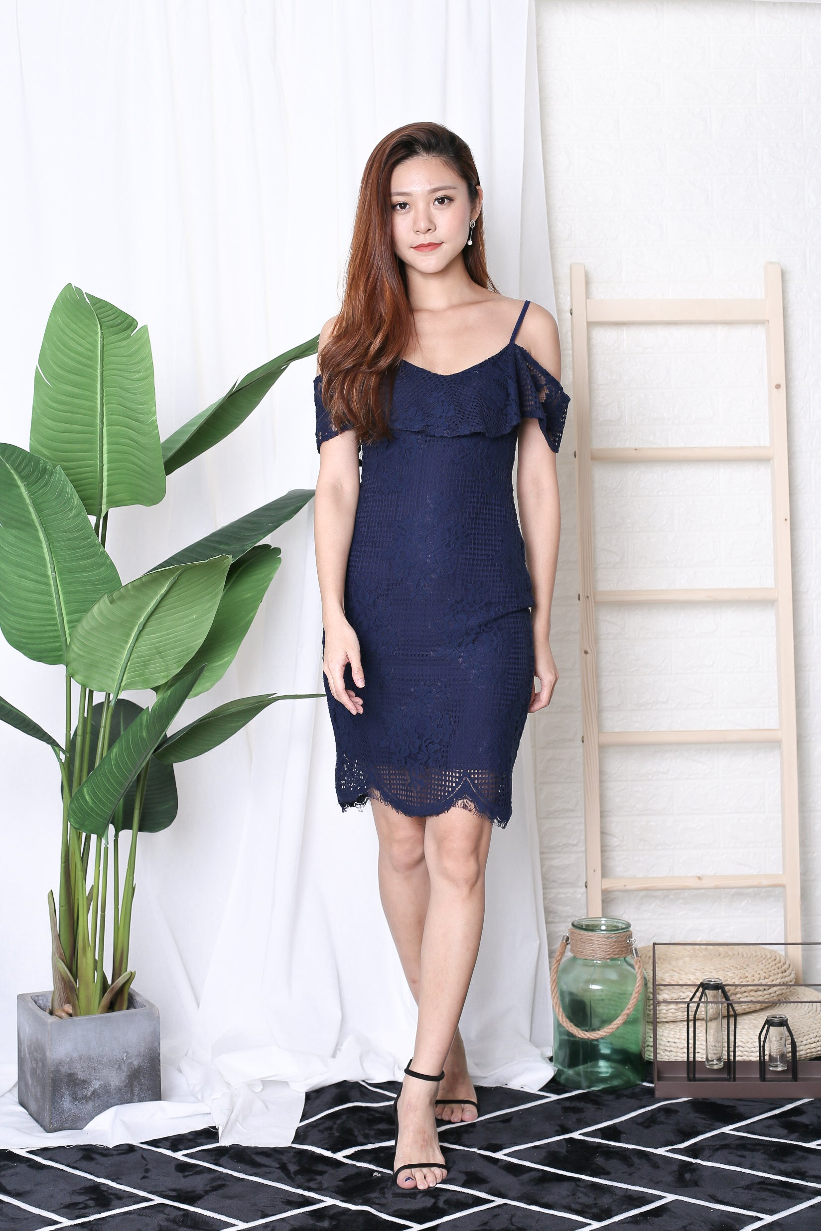 *TOPAZ* (PREMIUM) SOLACE LACE DRESS IN NAVY