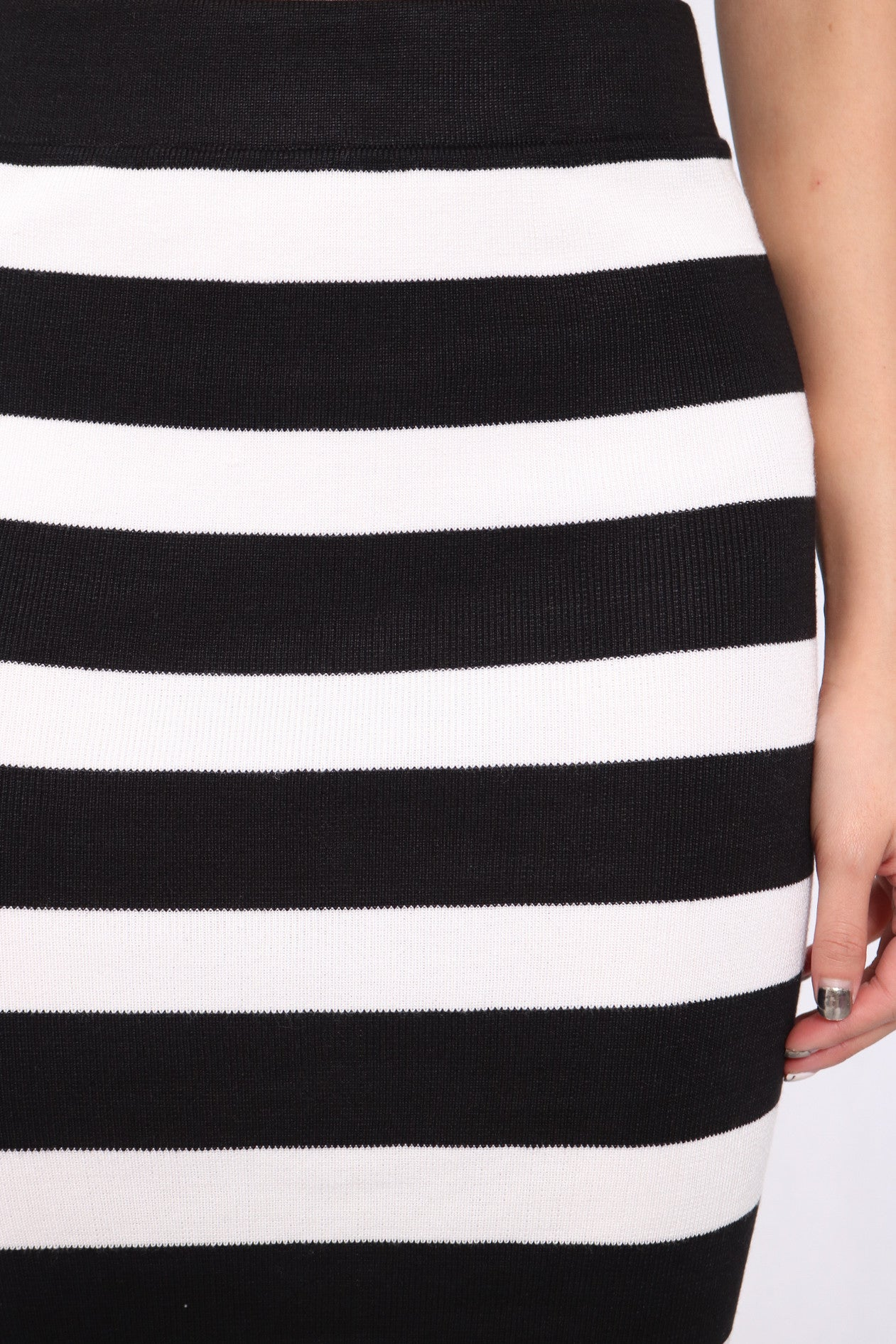 (RESTOCKED) BASIC SLIT KNIT MIDI IN STRIPES - TOPAZETTE