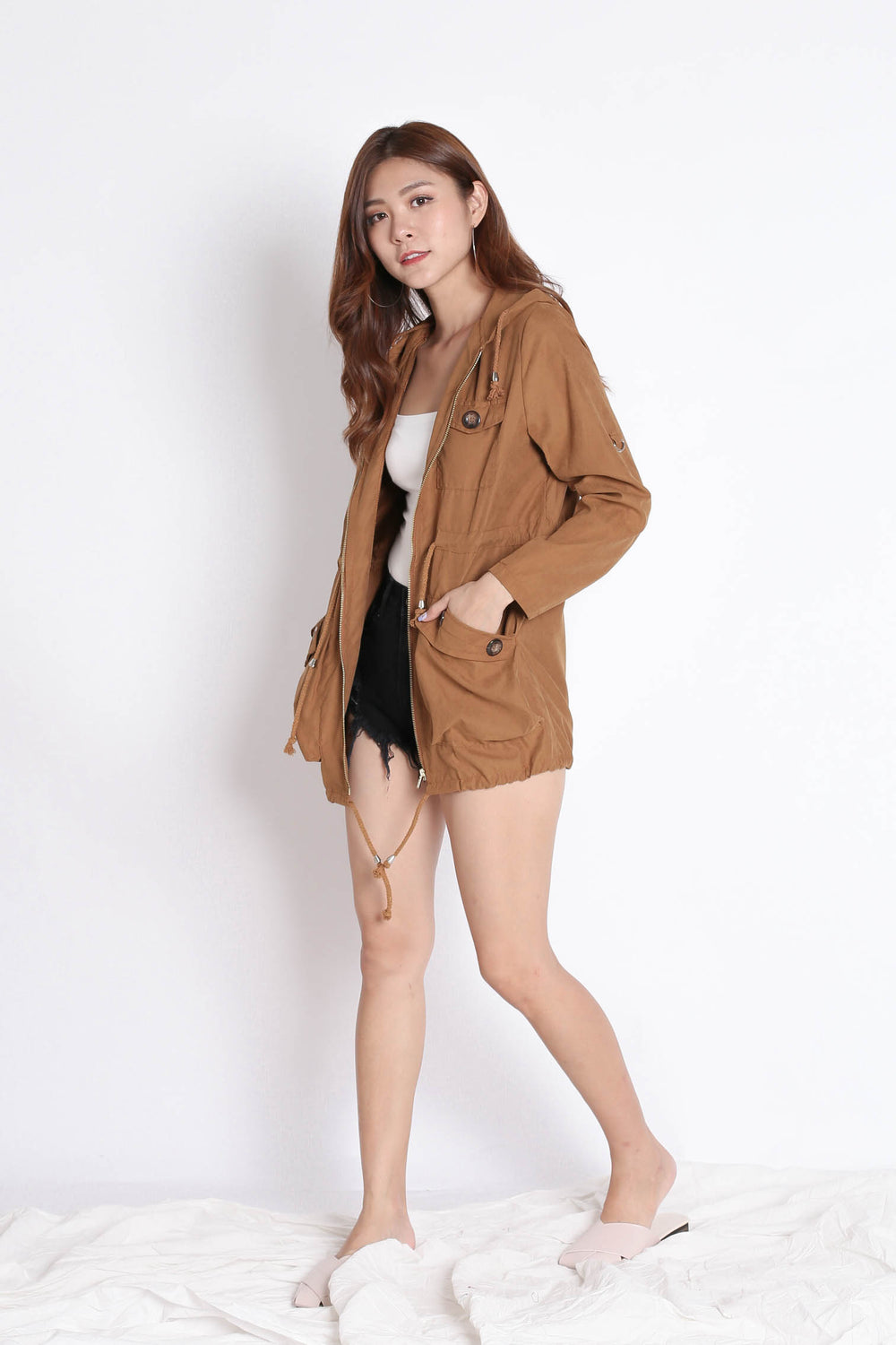 TAL PARKA WITH HOOD IN CAMEL