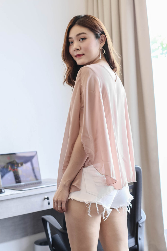 BASIC FLUTTER CAPE TOP IN NUDE