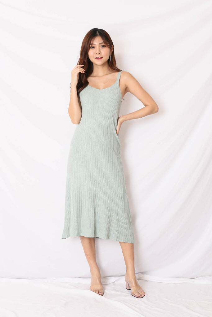 *BACKORDER* VALERIE KNIT DRESS IN MINT