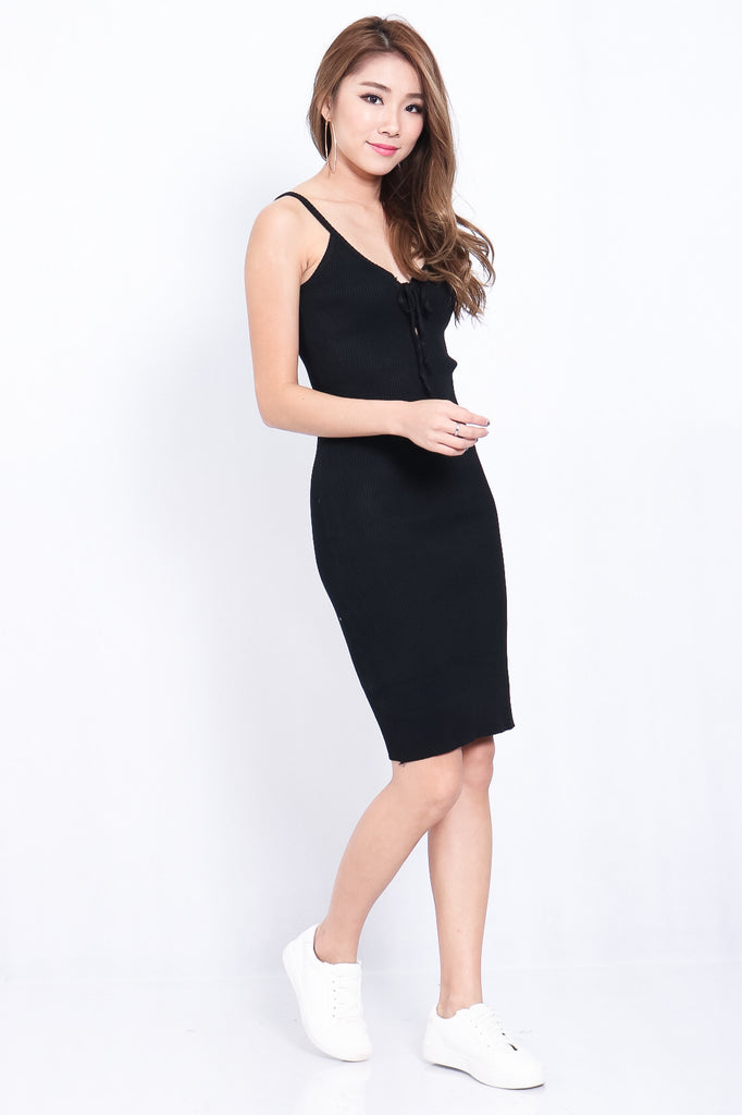 (BACKORDER) LACED KNIT MIDI IN BLACK - TOPAZETTE