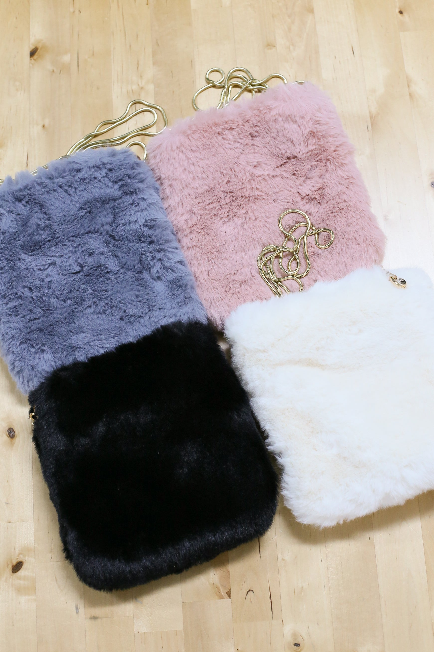 KIRA FLUFFY FUR BAG (BLACK/ GREY/ DUSTY PINK/ CREAM)