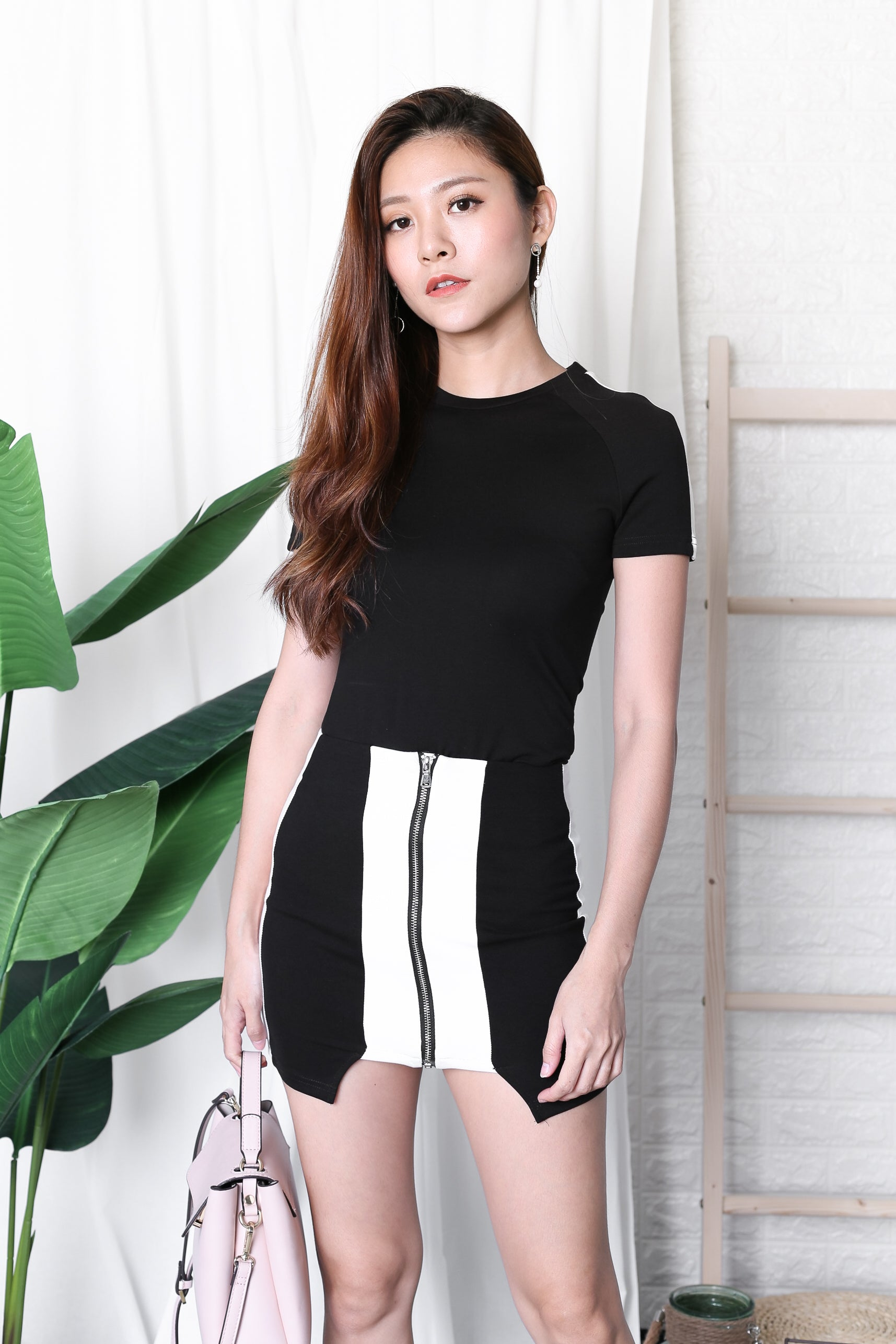 VARSITY 2 PC TOP + SKIRT SET IN BLACK