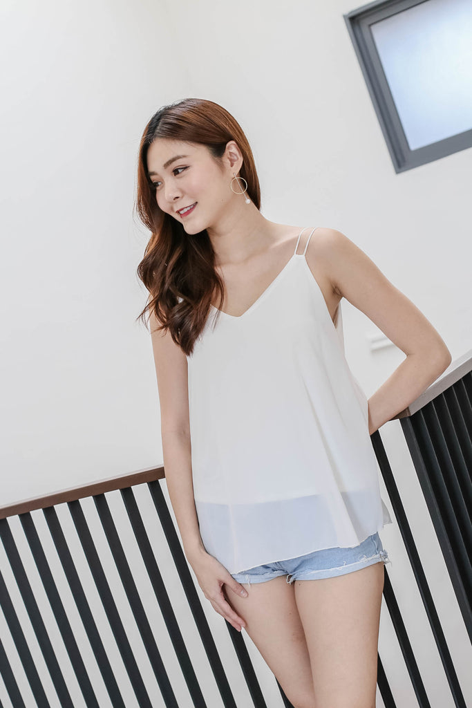 BASIC BREEZY SPAG TOP IN WHITE