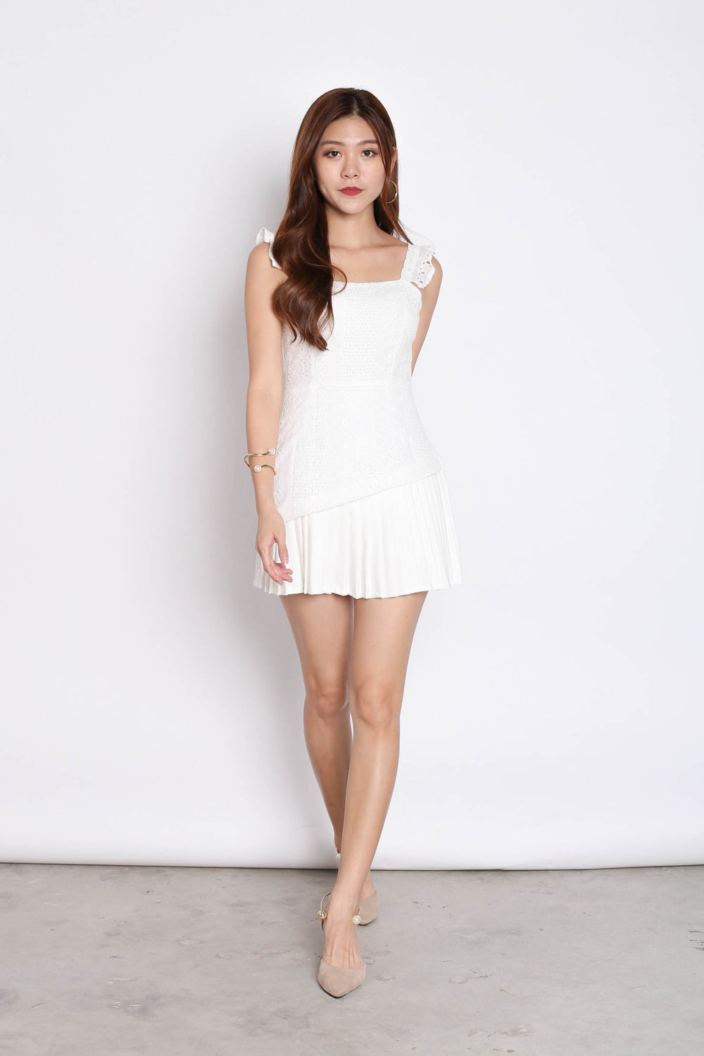 (PREMIUM) JULISSA EYELET PLEATED ROMPER IN WHITE