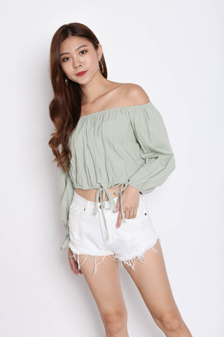 OFF SHOULDER LINEN TOP IN MINT