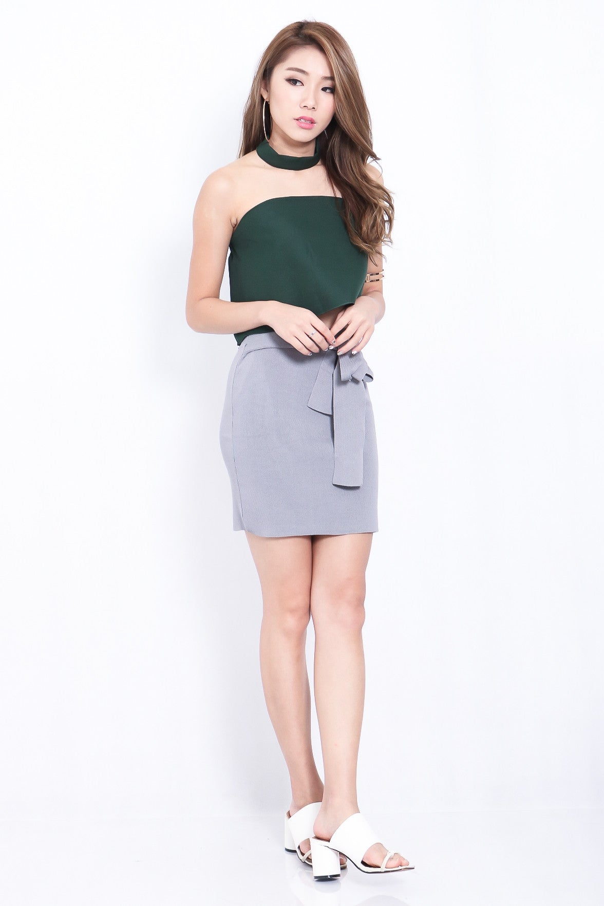 THE VERSATILE KNOT SKIRT IN GREY